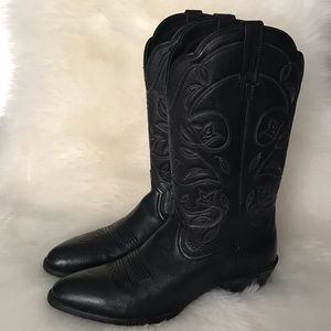 ARIAT Women's Heritage R Toe Western Boot  Size 8B